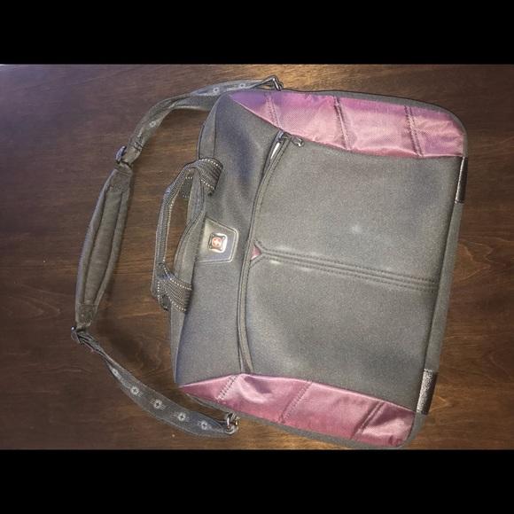SwissGear Handbags - Swiss gear laptop bag for airplane travel